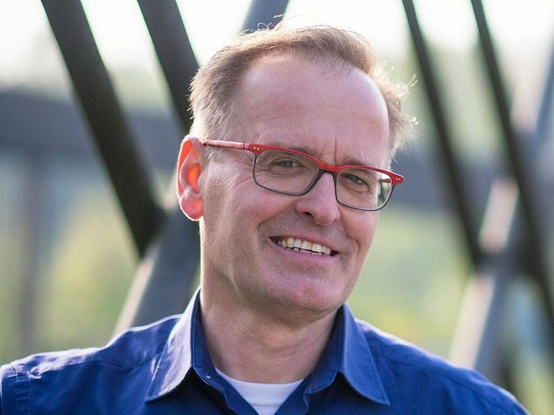Herr Arnd J. Schreiner
